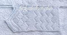 ¡ B... Crochet Bebe, Knitting Stitches, Diy And Crafts, Lily, Knitted Baby Blankets, Fabrics, Sewing Crafts, Baby Knitting, Crochet Edgings
