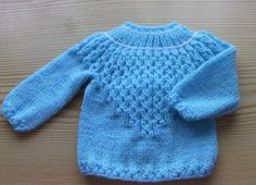 free knitting pattern: boys baby clothes models