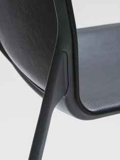 Stefan Diez Office - Schellmann Furniture: Tune dynamic, organic, minimal