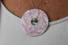DIY Washer Necklace Tutorial - cool!  Great gift idea!