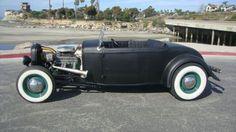 1932 Ford Deuce    EarlyFordsforSale.com