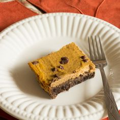 Low Carb Chocolate Pumpkin Pie Bars. Definitely going to make this for Thanksgiving.