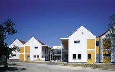 Thermenhof Derdak Mansions, House Styles, Home Decor, Tourism, Mansion Houses, Homemade Home Decor, Villas, Fancy Houses, Interior Design