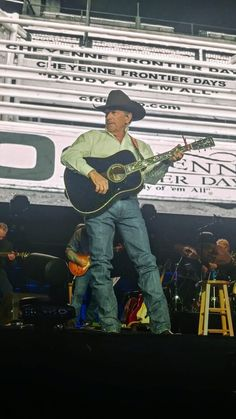 Country Musicians, Country Singers, Strait Music, George Strait Family, Army Veteran, Longhorns, Blue Bonnets, King George, Cowboys