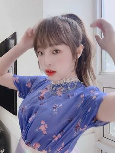 Kpop Girl Groups, Kpop Girls, Eyes On Me, Picture Composition, Korean Girl Fashion, Baby Ducks, Japanese Girl Group, Yuehua Entertainment, Kpop Merch