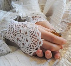 Items similar to Wedding Handmade Lace Crochet cuffs Cotton Elegant Stylish Modern Delicate on Etsy Crochet Wrist Warmers, Crochet Mitts, Crochet Gloves, Crochet Lace, Lace Gloves, Hand Crochet, Crochet Crafts, Crochet Projects, Bracelet Crochet