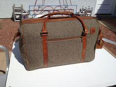 Hartman weekender overnight luggage bag Leather and tweed.