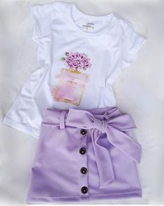Newborn Girl Outfits, Kids Outfits Girls, Trendy Outfits, Summer Outfits, Fashion Outfits, Girls Jeans, Shirts For Girls, Little Girl Closet, Baby Dress Design