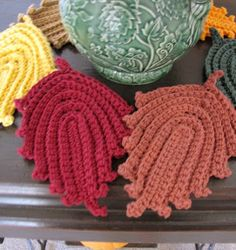 "Original pinner said, ""BellaCrochet: Autumn Leaves Dish Cloth and Hot Pad: A Free Pattern for you"