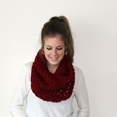 Knit Scarf Chunky Cowl Cranberry - Calvert Cowl