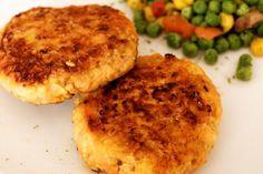 BLW-Rezept für Hendl-Karottenlaibchen auf babyspeck.at, Bratlinge mit Hühnerfleisch, Möhren und Haferflocken für Babys und die Familie, Baby led weaning