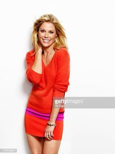 Actress Julie Bowen is photographed for Health Magazine on October 1 2012 in Los Angeles California COVER IMAGE Beautiful Girl Image, Beautiful Women, Paintball Girl, Julie Bowen, Health Magazine, Modern Family, Celebs, Celebrities, Beautiful Actresses