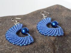 Modeschmuck ohrringe perlen  blaue Mikro Makrame Modeschmuck Ohrringe mit eingearbeiteten ...