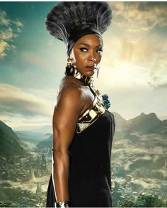 You are watching the movie Black Panther on King T'Challa returns home from America to the reclusive, technologically advanced African nation of Wakanda to serve as his country's new leader. Black Art, Black Women Art, Beautiful Black Women, Black Panther 2018, Black Panther Marvel, Marvel Comics, Marvel Heroes, Black Girls Rock, Black Girl Magic