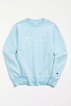 Blue Champion Sweatshirt, Champion Pullover, Sweatshirt Outfit, Crew Neck Sweatshirt, Outfit Jeans, Champion Clothing, Mexican Outfit, Cute Sweatshirts, Sweatpants Outfit
