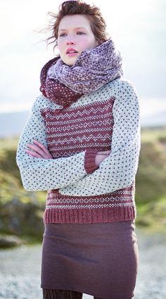 """Breien. Trui. Deze trui, """"NIMBUS"""" van Sarah Hatton, is gemaakt met de Rowan Felted Tweed. Felted Tweed is een combinatie van merinowol, alpaca en viscose, en een van de populairste garens uit de Rowan collectie. Het unieke aan dit tweed garen is dat het al lichtjes gevilt is, waardoor het breiresultaat eruit ziet als een lichtgewicht werk, met een gevilt effect.  Model en patroon staan beschreven in het Rowan Knitting & Crochet Magazine number 60. Nimbus 4kopie.jpg"""