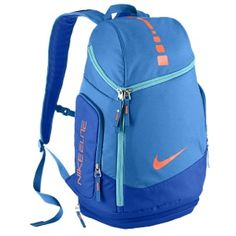 LIGHTWEIGHT AND KEEPS GEAR DRY The Nike Hoops Elite Max Air Team Backpack stores gear without adding extra bulk. Nike Elite Bag, Nike Elite Backpack, Nike Elite Socks, Athletic Fashion, Athletic Wear, Athletic Socks, Nike Outfits, Nike Basketball Bag, Nike Sport Bh