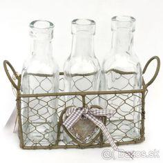 dekorácia - fľašky v drôtenom košíku - 1