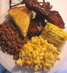 This looks so good, I don't even feel soul food like that Food Obsession, Food Goals, Southern Recipes, Southern Food, Aesthetic Food, Food Cravings, I Love Food, Food Dishes, Foodies