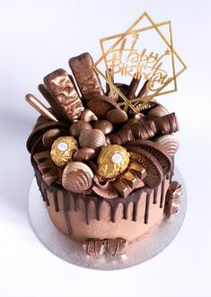 chocolate birthday cake Chocolate Drip Cake A decadent and rich chocolate drip cake complete with even more chocolate to decorate! Chocolate Birthday Cake For Men, Chocolate Birthday Cake Decoration, My Birthday Cake, Birthday Cake Decorating, Mens 50th Birthday Cakes, Nutella Birthday Cake, Chocolate Cake Designs, Chocolate Recipes, Chocolate Cakes