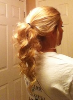 Curly/messy pony tails