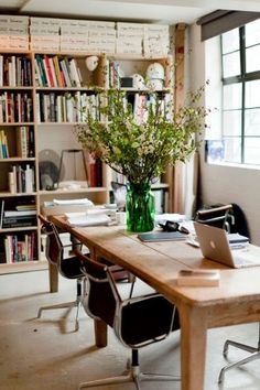 Dining room/ office @ FayeToogood feature in Editer. I love the simplicity, clean lines, purpose & organised chaos and the warmth from the wood Dining Room Office, Home Office Space, Home Office Design, Home Office Decor, Dining Room Table, Home Decor, Dining Living Room Combo, Office Ideas, Multipurpose Dining Room