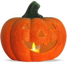Jack O'Lantern Halloween-Kürbis als tolle Dekoration für das uralte Fest der Geister und Verstorbenen. Sie erhalten hier ein Halloween Windlicht in Jack O'Lantern Optik, welches mit LED-Teelicht erhellt wird. Das Leuchten durch die gruselige Fratze soll laut Überlieferung die Menschen vor Tod und Teufel bewahren, indem es die bösen Geister abschreckt und vom eigenen Haus fern hält. Dieser Kürbis mit Gruselgesicht darf an Halloween einfach nicht fehlen!
