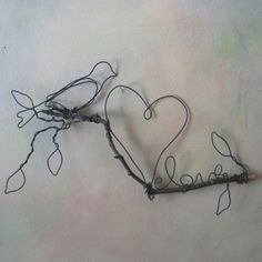 wire bird, twig, heart, love, leaves ... i love this kind of wire outline art (horses are some of my favorites too)