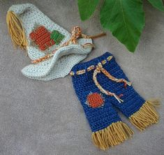 Hey, I found this really awesome Etsy listing at https://www.etsy.com/listing/242575534/crochet-scarecrow-hat-and-pants-set