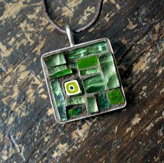 Something like this in fused glass would be cool.