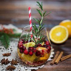 Es müssen nicht immer nur Brötchen und Sekt sein. Wir haben für euch drei geniale Alternativen, die euren nächsten Weihnachtsbrunch aufpeppen...