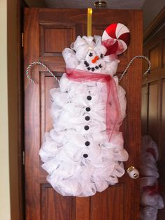 """40"""" Snowman wreath made from deco mesh"""