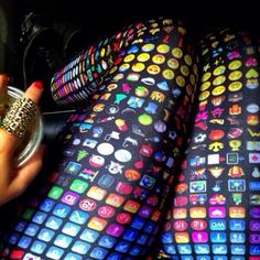 Emoji Pants hahahahaha I WANT THEM!!!! <<<<<< @Julia Richey Ninja LOOK AT THESE OMG I JUST DIED!!!!!!