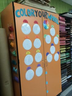 Color Your Wheel - Classroom Management Strategy for the Art Room!