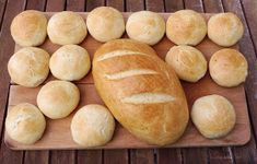 "Chleba naszego: Chleb ""Szymanowski"" z mąki typu 480 Hot Dog, Hamburger, Bread, Food, Hamburgers, Breads, Burgers, Bakeries, Meals"