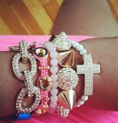 #cute #bracelet #pink #white #beads #cross #spikes #ily #adorable #jewelry #weheartit #diamonds #gold #silver #tan #summer #jj #jjj #followme