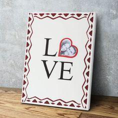 Bastelanleitung: Bild zum Valentinstag selber machen - buttinette Blog Be My Valentine, Blog, Cover, Day, Pretty Pictures, Valentines Day Pictures, Romantic Gifts, Canvas Frame, Craft Tutorials