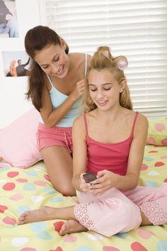 Atividades de festa do pijama para meninas pré-adolescentes