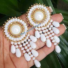 Simple Earrings, Beaded Earrings, Earrings Handmade, Handmade Jewelry, Beaded Bracelets, Jewelry Gifts, Fancy Jewellery, Bead Jewellery, Beaded Jewelry Designs