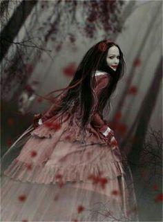 pretty goth girl