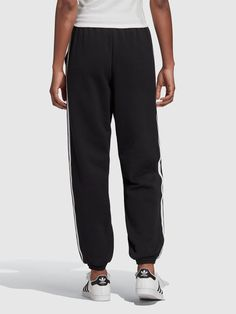 Adidas Joggers, Cuffed Joggers, Jogger Pants, Sweatpants, High Leg Boots, Black Pants, Adidas Originals, Tights, Legs