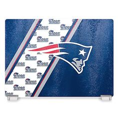 Use this break-resistant, NFL Tempered Glass Cutting Board the next time you're tailgating or prepping food for the big game. This cutting board is perfect for slicing and serving fruit, vegetables, pastries, meats, cheese, and much more.