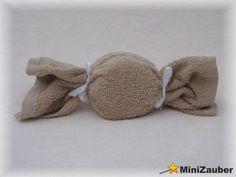 Ein Mini Windelbonbon (Diaper Bonbon, Diaper Cake, Baby Shower, Babyshower, Windeltorte, Windelfigur, Windeltier, Geburtsgeschenk)