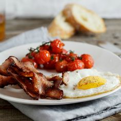 Food, Home, Clothing & General Merchandise available online! Breakfast Time, Breakfast Recipes, Roasted Bacon, Roasted Cherry Tomatoes, Healthy Dinner Recipes, Delicious Recipes, Bacon Egg, Cooking Instructions, Vegetable Sides