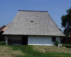 Muzeul Loviştei - Google Search Cabin, Google Search, House Styles, Building, Travel, Home Decor, Viajes, Decoration Home, Room Decor