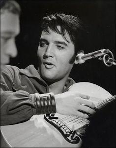 Dec 3, 1968 Comeback Special in NBC