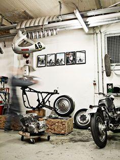 #garage #motorcycle #bike