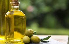 22-Best-Benefits-Of-Olive-Oil-(Jaitun-Ka-Tel)-For-Skin,-Hair,-And-Health3