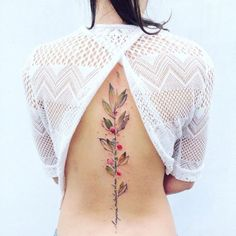 sketchy watercolor tattoos are inspired by nature - done by Pis Saro