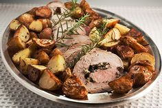 Roast Pork Loin and Potatoes withPotatoes, Rosemary and Garlic